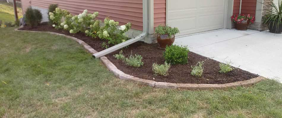 How Mulch Helps Your Landscaping