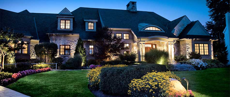 How Custom Landscape Lighting Enhances Your Central Iowa Home