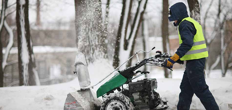 The harsh winters that can be experienced in Des Moines makes the snow removal services of A+ Lawn & Landscape very popular